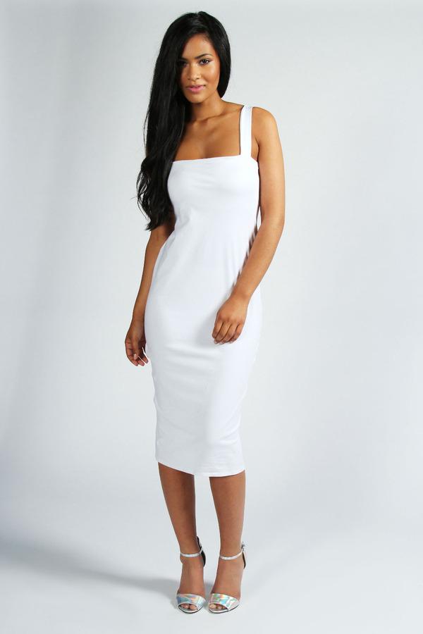Белые облегающие платья