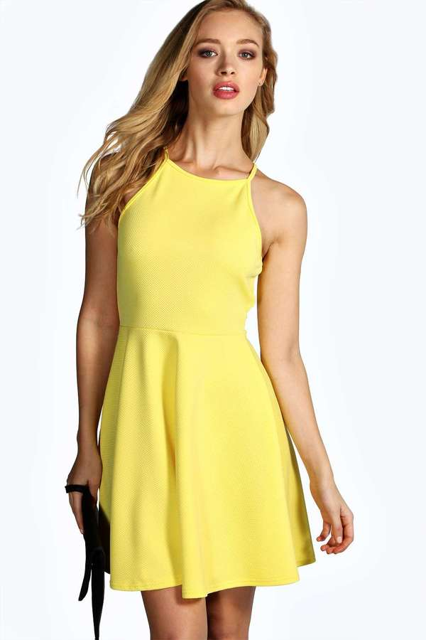 Модное жёлтое платье фото
