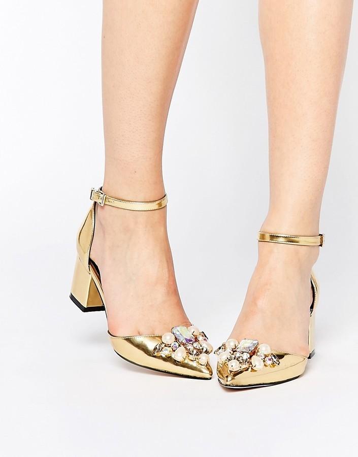 Туфли женские золотого цвета