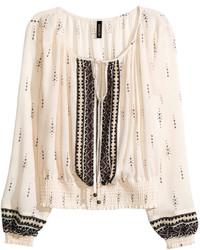 Бежевая блуза-крестьянка с принтом