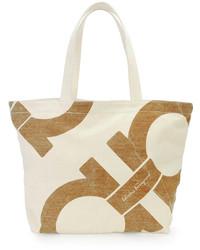 Бежевая большая сумка из плотной ткани с принтом