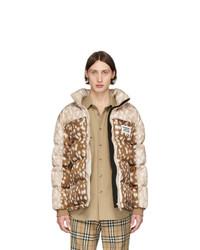 Мужская бежевая куртка-пуховик с принтом от Burberry