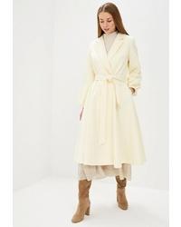 Женское бежевое пальто от Miss Gabby