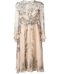 Бежевое платье-миди с принтом