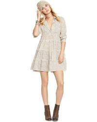 Бежевое шифоновое платье-рубашка с цветочным принтом
