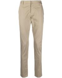 Бежевые брюки чинос от Dondup
