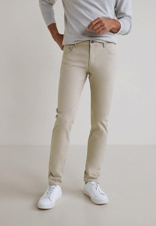 Бежевые брюки чинос от Mango Man