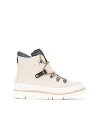 Бежевые замшевые ботинки на шнуровке