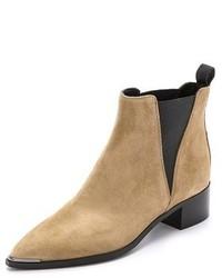 Бежевые замшевые ботинки челси