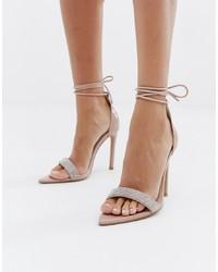 Бежевые кожаные босоножки на каблуке с украшением от Public Desire