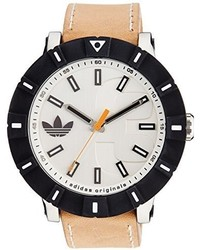Бежевые кожаные часы