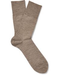 Бежевые шерстяные носки