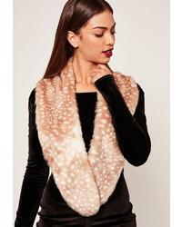 Женский бежевый меховой шарф от Missguided