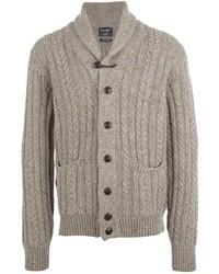 Бежевый свитер с хомутом