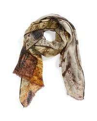 Бежевый шарф с принтом
