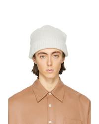 Мужская белая вязаная шапка от Our Legacy