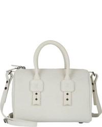 Белая кожаная спортивная сумка