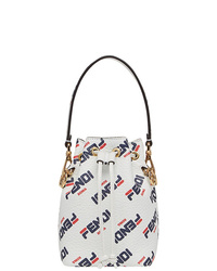 Белая кожаная сумка-мешок от Fendi