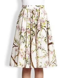 Белая пышная юбка с цветочным принтом