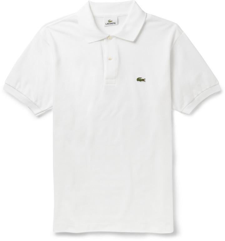 1a74d92055af Мужская белая футболка-поло от Lacoste   Где купить и с чем носить