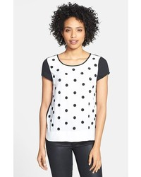 Белая футболка с круглым вырезом в горошек