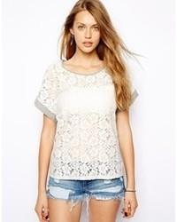 Женская белая футболка с круглым вырезом крючком от Only