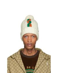 Мужская белая шапка с принтом от Gucci