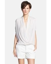 Белая шелковая блуза с коротким рукавом