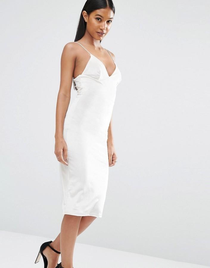 Белое бархатное платье фото