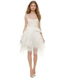 Женское белое кружевное платье с пышной юбкой от Monique Lhuillier