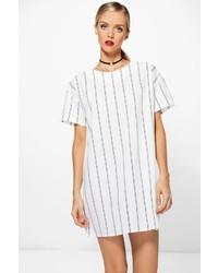 Белое платье прямого кроя в вертикальную полоску