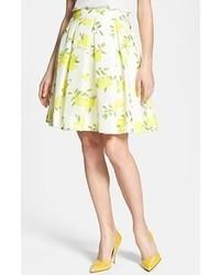 Бело-желтая пышная юбка с принтом