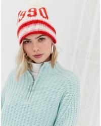 Женская бело-красная шапка от New Look