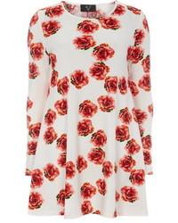 Бело-красное свободное платье с цветочным принтом