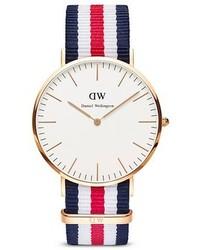 Бело-красно-синие часы из плотной ткани в горизонтальную полоску