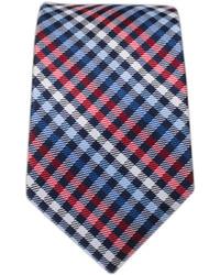 Бело-красно-синий галстук в шотландскую клетку