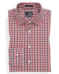 Бело-красно-синяя классическая рубашка в мелкую клетку