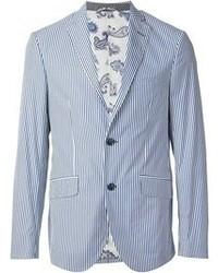 Бело-синий пиджак в вертикальную полоску