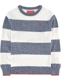 Бело-синий свитер в горизонтальную полоску