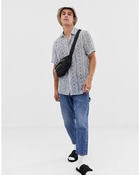 Мужская бело-синяя рубашка с коротким рукавом с принтом от ASOS DESIGN