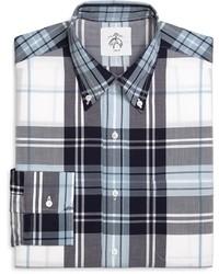 Бело-темно-синяя классическая рубашка в шотландскую клетку
