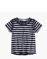 Бело-темно-синяя футболка в горизонтальную полоску
