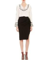Бело-черная блуза-крестьянка с принтом