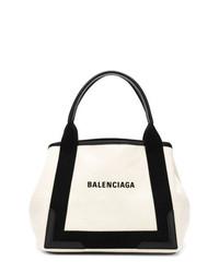 Бело-черная кожаная большая сумка от Balenciaga