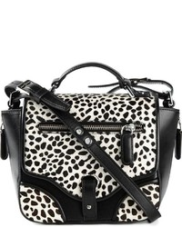 Бело-черная кожаная сумка через плечо с леопардовым принтом