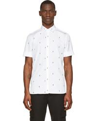 Бело-черная рубашка с коротким рукавом с принтом