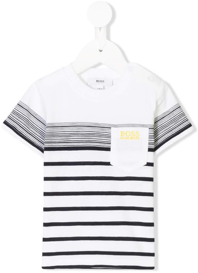 Детская бело-черная футболка в горизонтальную полоску для мальчику