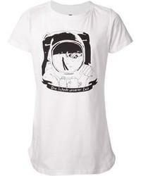 Бело-черная футболка с круглым вырезом с принтом