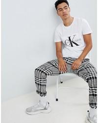 Мужская бело-черная футболка с круглым вырезом с принтом от Calvin Klein Jeans