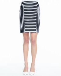Бело-черная юбка-карандаш в горизонтальную полоску